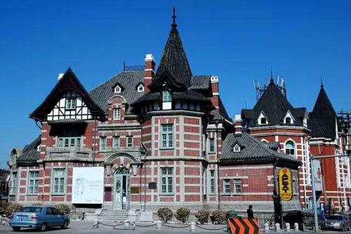 欧式建筑遍布大连的每个街道拐角